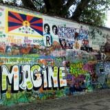 Стена Дж.Леннона