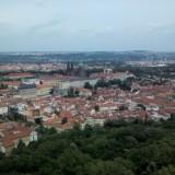 Вид на Пражский град с вышки на Холме Петршин