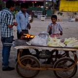Индия, торговец кукурузой