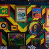 Ямайка, Боб Марли и Ко, стена в кафешке